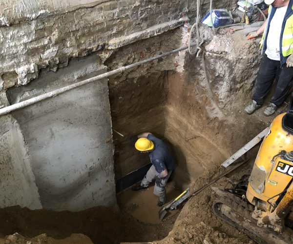 mass-concrete-underpinning-London-building-underpinning-London