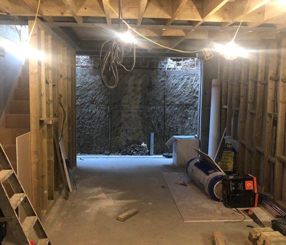 basement-digging-London-basement-builder-London