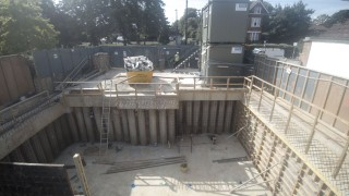 poured-concrete-walls-London-new-build-basement-construction-London