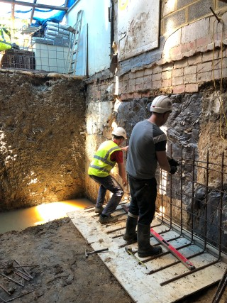 poured-concrete-foundation-walls-London-building-underpinning-London