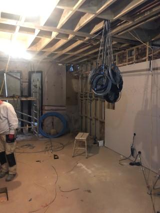 poured-concrete-walls-London-basement-construction-London