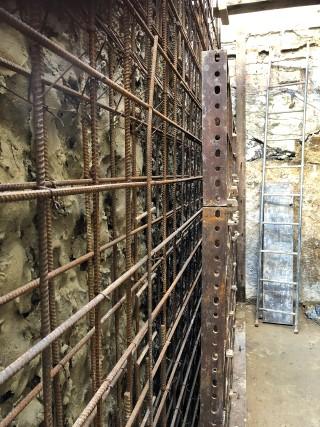 poured-concrete-foundation-walls-London-basement-excavation-London